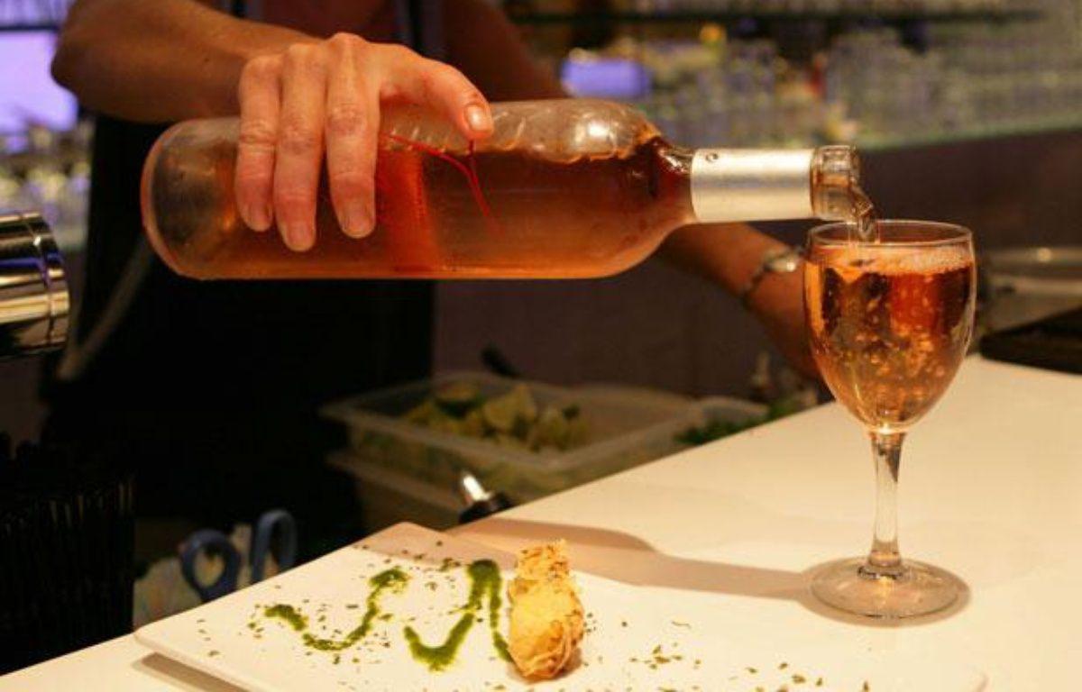 Le vin rosé de Provence est le numéro un français et mondial – NIKO/SIPA