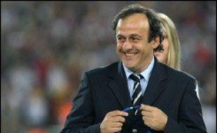 """Platini met en avant son statut d'ancien joueur en expliquant qu'il veut rendre le contrôle du football à ses acteurs? Le Suédois balaye l'argument: """"Nous avons tous (ndlr: dans nos équipes) d'anciens joueurs qui connaissent le football""""."""