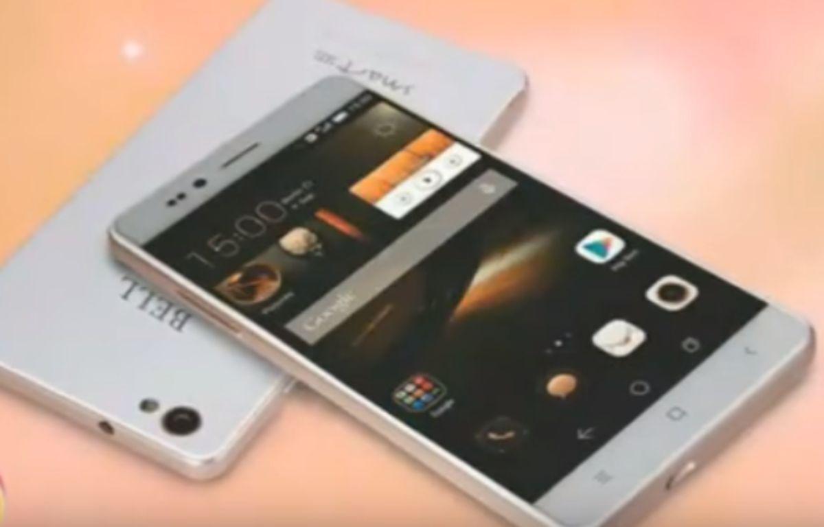 Le Freedom 251, smartphone à 3,30 euros conçu par une entreprise indienne.  – Capture d'écran / YouTube