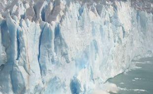 le Perito Moreno est situé dans la province de Santa Cruz, dans le sud de la Patagonie argentine