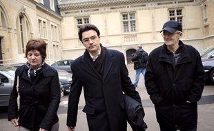 Ginette Villemin (à gauche) et son mari, Michel, (à droite) en 2010.