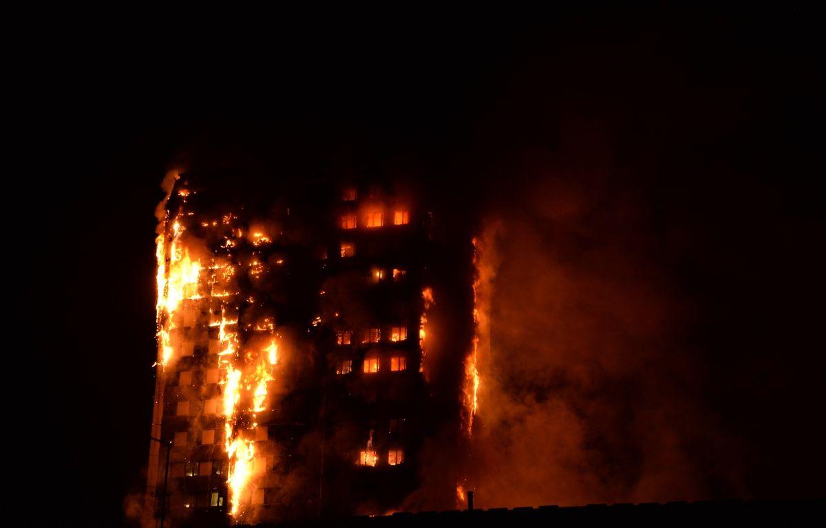 La Grenfell Tower, dans l'ouest de Londres, ravagée par un incendie. – Giulio Thuburn / AFP