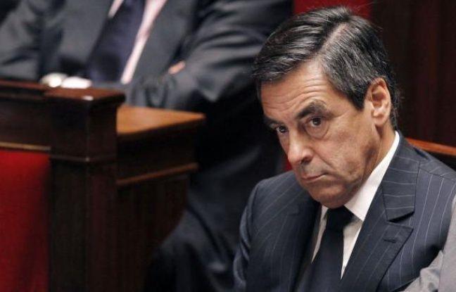 """Avant de s'octroyer une pause estivale, François Fillon a poursuivi lundi dans les Vosges sa tournée des militants UMP, sûr de ses chances de gagner l'élection à la présidence de l'UMP, dans laquelle il voit """"une primaire avant l'heure"""", en pensant à 2017."""