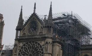 Notre-Dame de Paris au lendemain matin de l'incendie