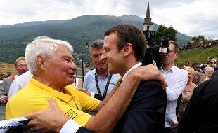 Raymond Poulidor avait rencontré Emmanuel Macron sur le Tour de France 2017.