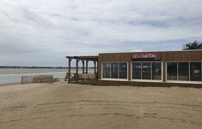 Un bar de plage de la Baule, le 9 mai 2019