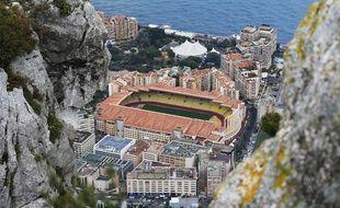 Vue panoramique du Stade Louis-II, à Monaco.