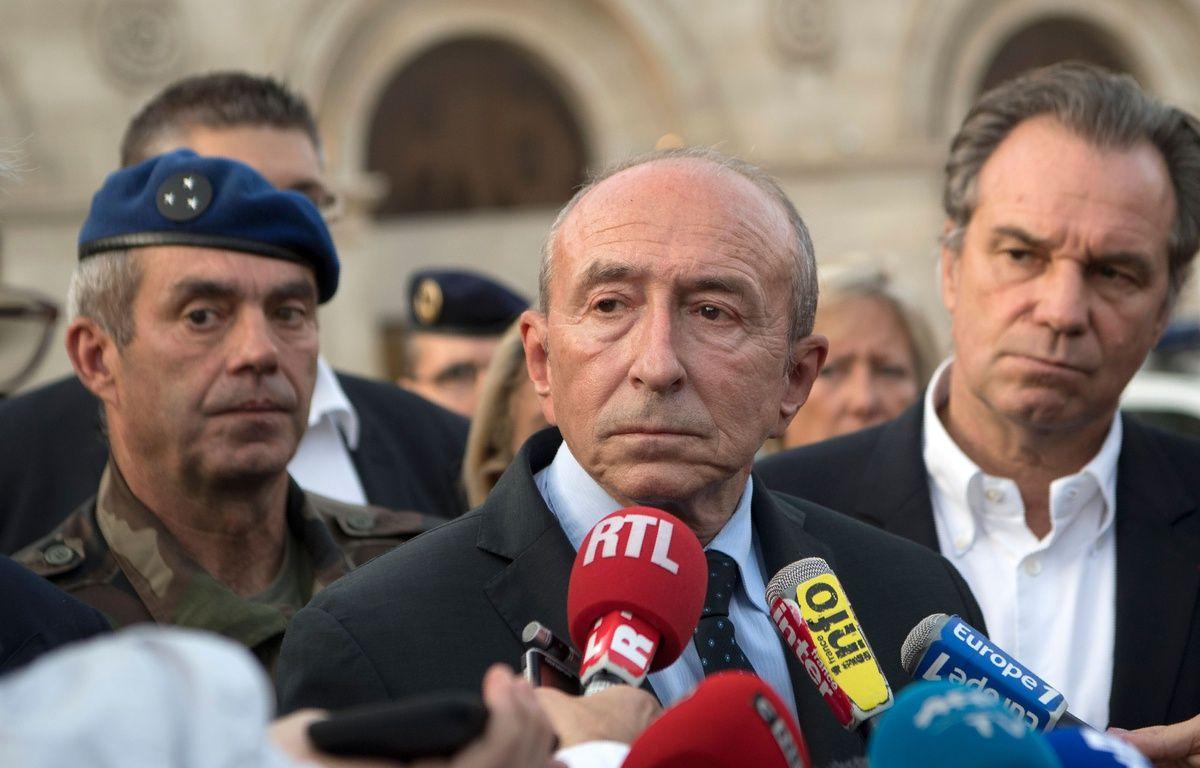 Gerard Collomb à Marseille, le 1er octobre, après l'attaque survenue sur le parvis de la gare Saint-Charles. AFP PHOTO / BERTRAND LANGLOIS – AFP
