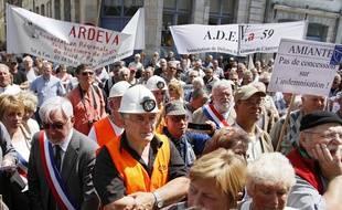 Nouvelle manifestation des «veuves de l'amiante» à Dunkerque (illustration).