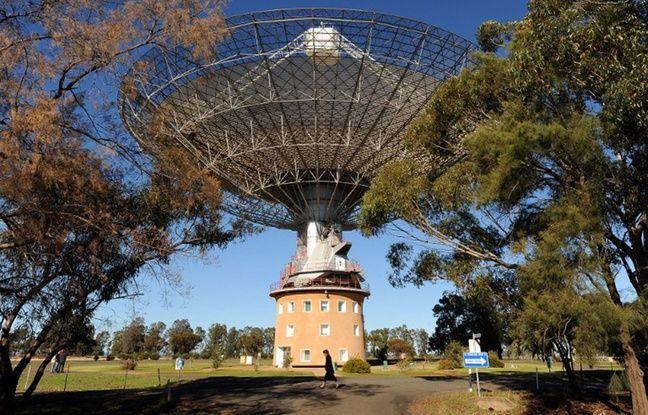 Le radiotéléscope de Parkes, en Australie.