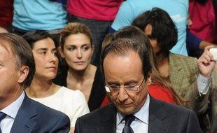 De nouvelles photos volées du couple Hollande-Gayet ont été dévoilées