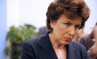 """Roselyne Bachelot a souligné qu'""""un effort financier considérable"""" est fait à la fois pour les urgences et le système de santé."""