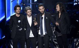 Louis Tomlinson, Niall Horan, Harry Styles et Liam Payne des One Direction au Billboard Music Awards le 17 mai à Las Vegas.