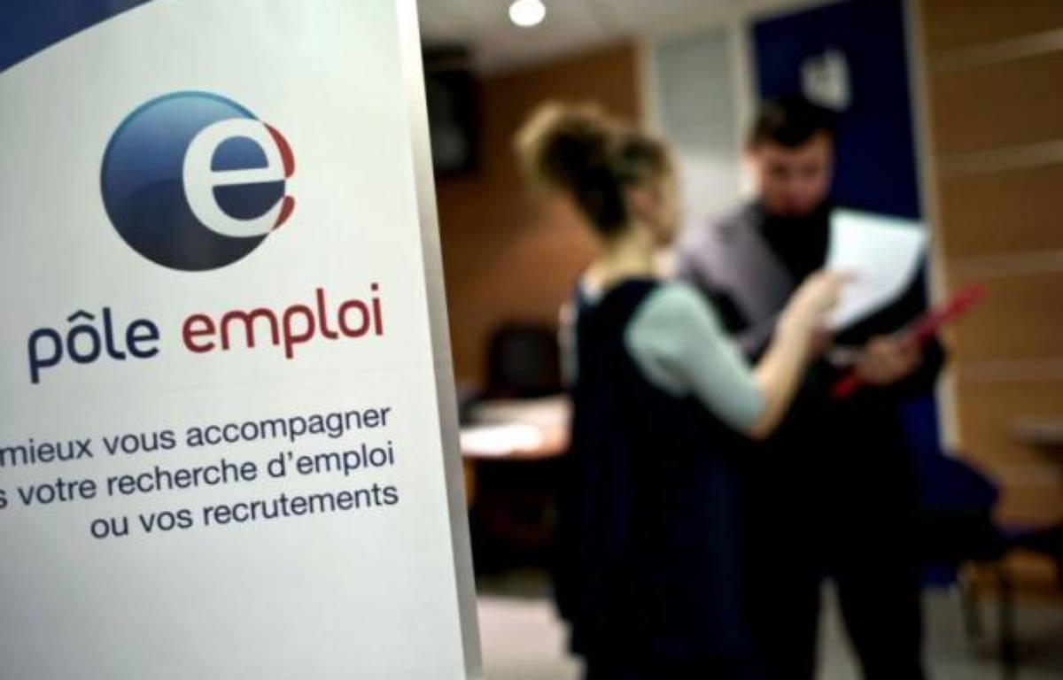 Le chômage a atteint en novembre son plus haut niveau depuis 12 ans, avec 29.900 personnes supplémentaires sans aucune activité inscrites à Pôle emploi, pour atteindre un total de 2,8 millions de personnes, selon les chiffres du ministère du Travail publiés lundi. – Jeff Pachoud afp.com
