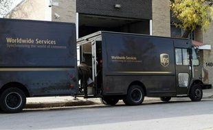 L'OPA amicale du groupe américain de livraison de colis United Parcel Service (UPS) sur son rival néerlandais TNT, annoncée en mars pour un montant total de 5,16 milliards d'euros, débutera vendredi, ont indiqué jeudi les deux sociétés.