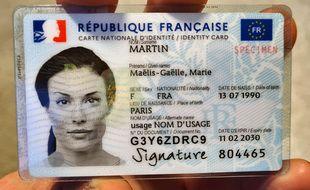 La nouvelle carte nationale d'identité française.