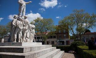 La statue de Jean Jaurès à Carmaux.