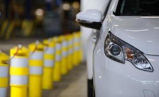 Le mois de février reste positif pour les constructeurs français, dont les ventes représentent 55,53% du total, et qui ont connu une nouvelle croissance de leurs ventes dans l'Hexagone, +4,2% pour PSA Peugeot Citroën et +1,7% pour le groupe Renault