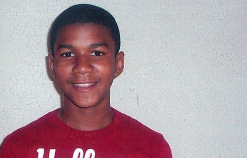 https://img.20mn.fr/swp2r-RHQ8yQhQpoQtigmQ/830x532_trayvon-martin-adolescent-17-ans-tue-26-fevrier-2012-george-zimmerman-plaide-legitime-defense.jpg