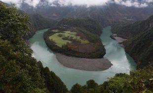 Un méandre du fleuve Salouen, dans la province chinoise du Yunnan, le 19 mars 2015