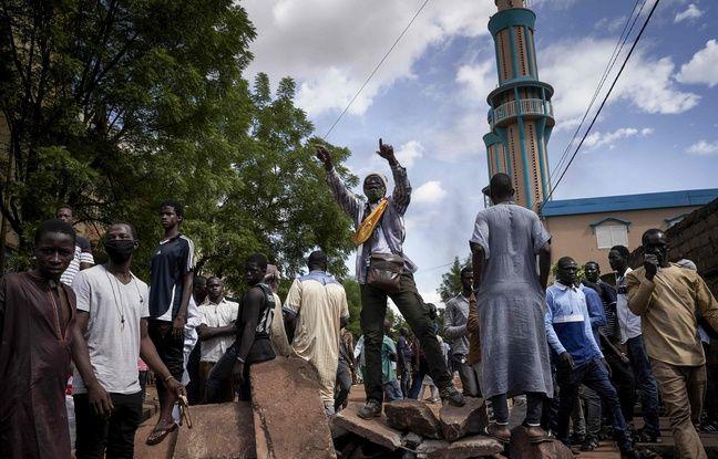 Mali : Après deux jours de troubles sanglants, un influent imam appelle au calme