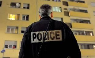 L'arrivée des forces de police sur les lieux a entraîné la fuite du concubin. (Illustration)