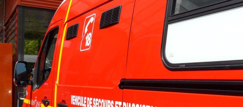 Illustration d'un véhicule des pompiers du Rhône.