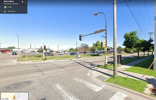 Croisement de la 29e Rue et de la 26e Avenue à Minneapolis.