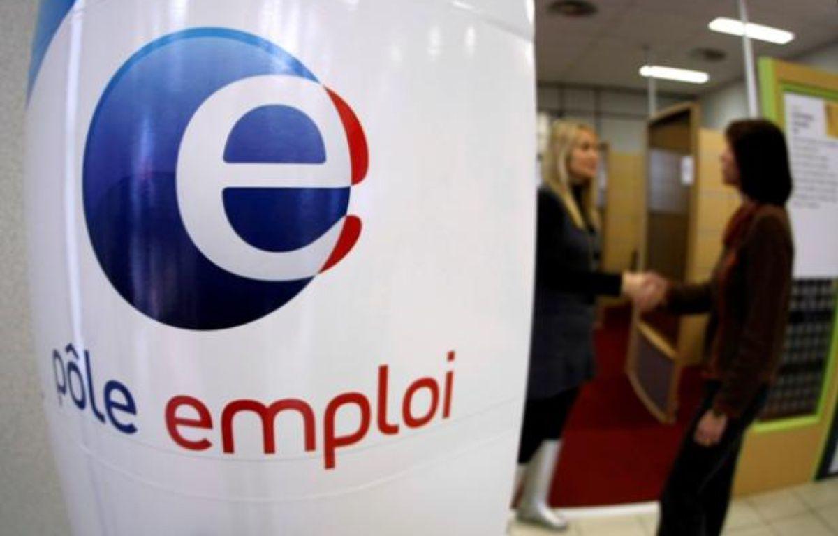 Une agence Pôle emploi située à Nice – Eric Gaillard / REUTERS