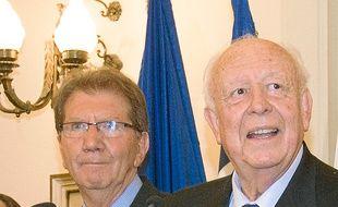 Le député Guy Teissier aux côtés de Jean-Claude Gaudin, le 31 mars.