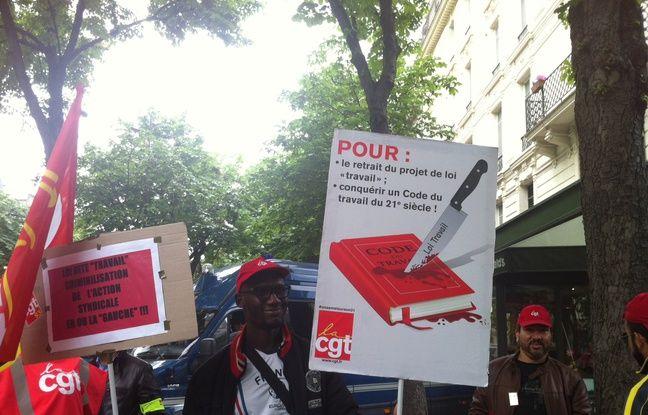 Sissoko, 46 ans, militant CGT et salarié chez PSA.