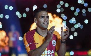 Falcao  a été accueilli comme les Stones par le public de Galatasaray.