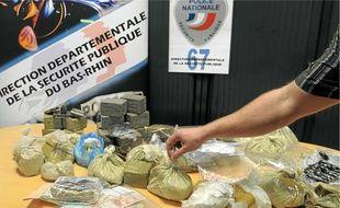 La drogue saisie aurait une valeur de 300000 à 400000€ à la revente.