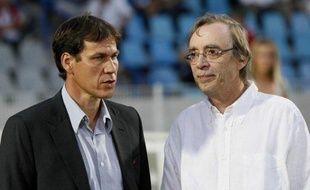 L'entraîneur de Lille Rudi Garcia (à g.) et son président Michel Seydoux, le 23 août 2009 lors d'un match de Lille contre Toulouse en L1.