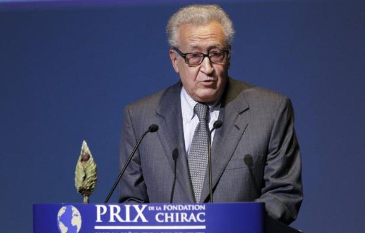 Le diplomate algérien Lakhdar Brahimi a accepté vendredi de prendre le relais de Kofi Annan comme médiateur international dans le conflit en Syrie où des combats entre l'armée et des insurgés dans la capitale et à Alep ont encore fait des dizaines de morts. – Patrick Kovarik afp.com