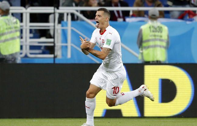 Granit Xhaka mime l'aigle albanais après son but contre la Serbie