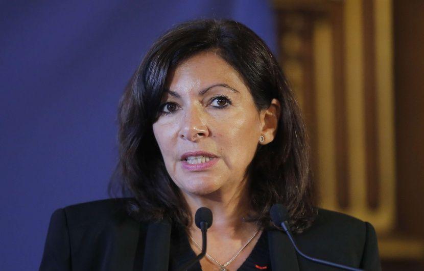 Saleté à Paris: Anne Hidalgo appelle les Parisiens à se prendre en charge