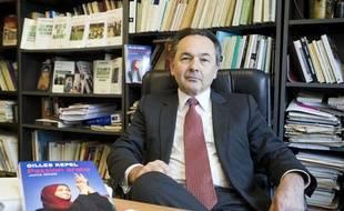 Gilles Kepel, spécialiste de l'islam et du monde arabe contemporain,le 26 mars 2013 à Paris à l'occasion de la sortie de son dernier livre, Passion arabe, aux éditions Gallimard.