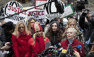 L'actrice Rose McGowan au procès d'Harvey Weinstein le 6 janvier 2020.