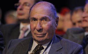 Un des hommes mis en examen est un proche du sénateur UMP Serge Dassault, ici lors du conseil national de l'UMP, le 25 janvier 2014.