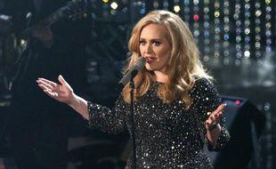 Adele interprète «Skyfall» lors de la 85e cérémonie des Oscars, le 24 février 2013.