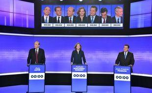 Sur le plateau du troisième débat de la primaire de la droite, le 17 novembre 2016.