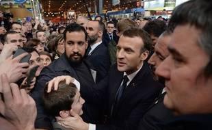 Alexandre Benalla au côté (à gauche) d'Emmanuel Macron au Salon de l'agriculture