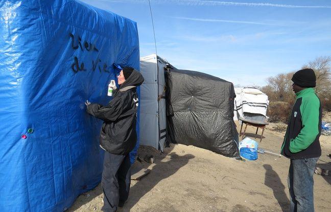 Des bénévoles avaient commencé à répertorier les lieux habités dans le camp.