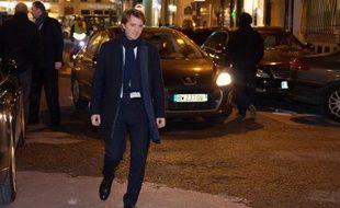 """L'ancien ministre François Baroin a critiqué dimanche sur France 2 l'actuel président de l'UMP Jean-François Copé, estimant qu'il avait commis """"une faute inexcusable"""" lors de l'élection à la présidence du parti en novembre 2012."""