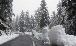 En janvier 2013, Aulon s'était retrouvé coupé du monde à cause d'un mur de neige sur l'unique route menant à ce tout petit village des Hautes-Pyrénées.
