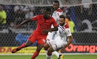 Allan Saint-Maximin (à gauche) a ouvert le score pour Nice face à Lyon, vendredi 31 août.