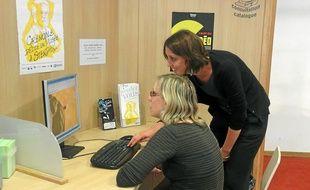 Un développeur et une infographiste accompagnent chaque participant.