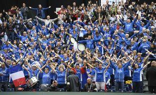 Le public du stade Pierre-Mauroy lors de la demi-finale de la Coupe Davis France-Serbie, le 17 septembre 2017.