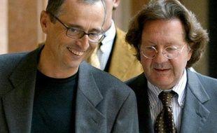 """L'enquête sur le préparateur italien Michele Ferrari, dont l'agence américaine a souligné le rôle-clé dans le système de dopage de Lance Armstrong, a ouvert une """"boîte de Pandore"""" d'affaires louches, révèle jeudi le quotidien italien la Gazzetta dello Sport."""